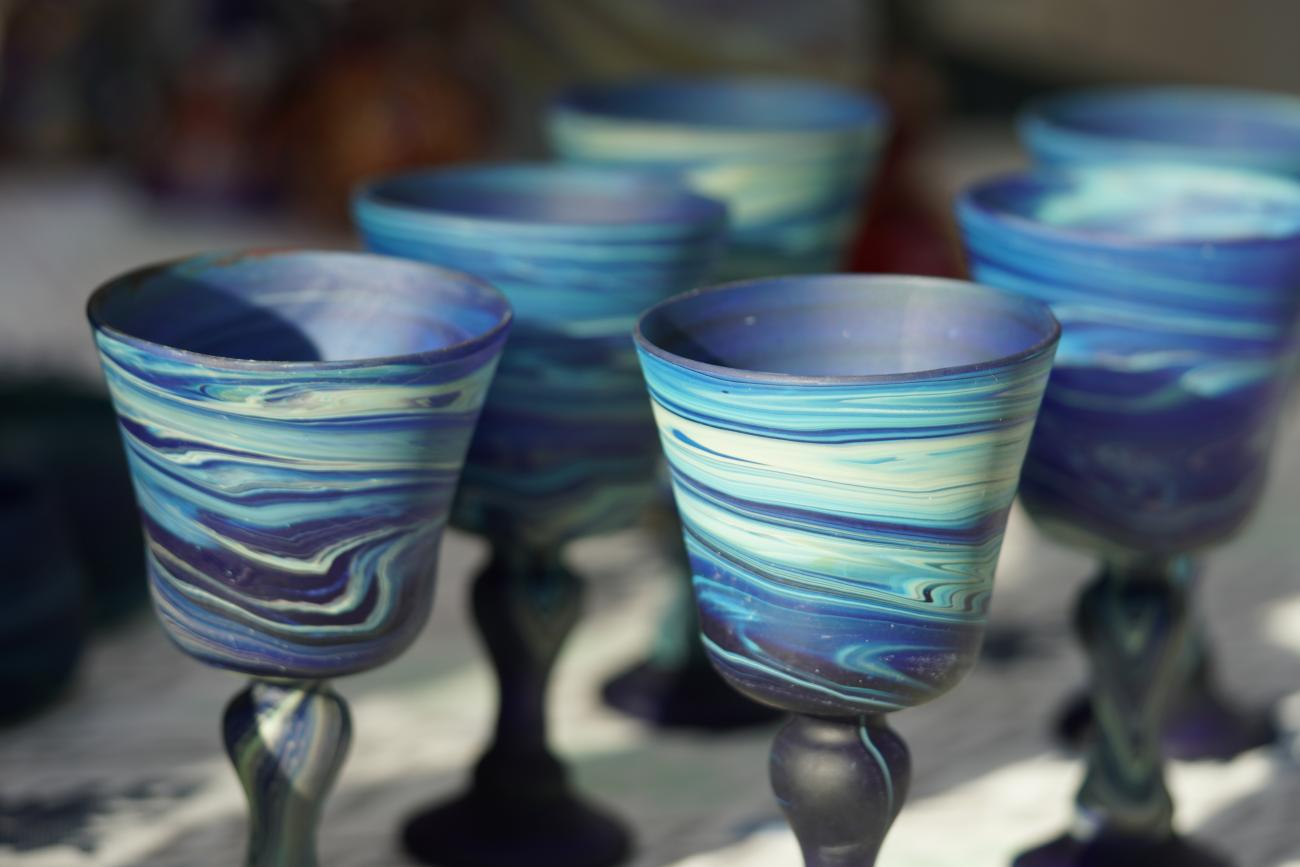 Creating Colorful Waves Of Phoenician Glass Hebron Glass Cultural